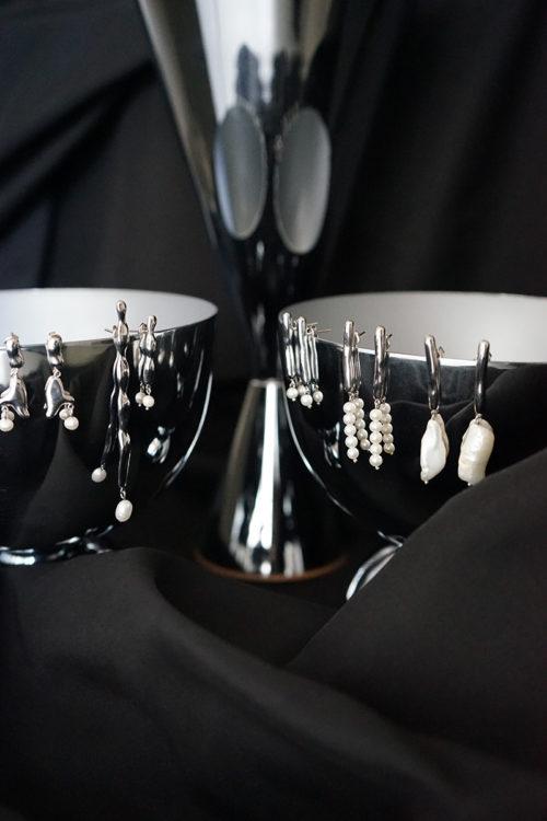 Line Earrings w/ Single Pearl